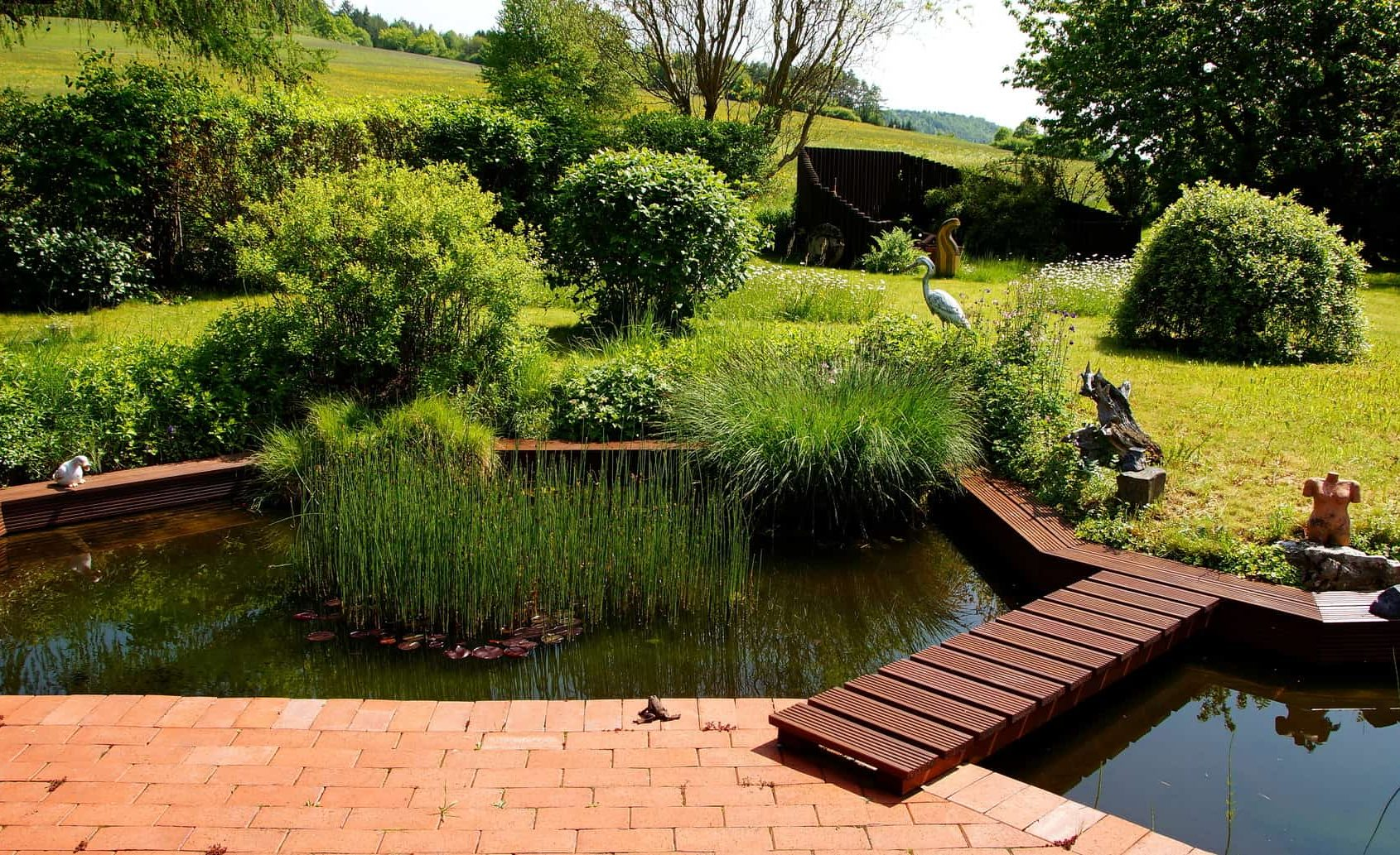 United Aquatics water garden pond & aquarium supplier